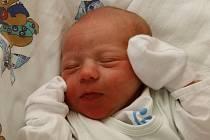 Karel Jícha se narodil v ústecké porodnici 25.4. 2018 (16.23) Nikole Jíchové. Měřil 48 cm, vážil 3 kg.