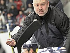 Trenér hokejistů Slovanu Ústí Miroslav Mach.