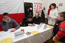Romové z Předlic se v pátek k volbám prezidenta vůbec nehrnuli. V minulosti, kdy se zde objevila podezření na nakupování hlasů, zde přitom volební účast tak špatná nebývala.