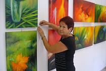 V Galerii Iva si lze koupit obraz Zdeny Malé.