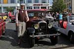 Již 21. ročník srazu historických vozidel s názvem Ústecká veterán rallye se v sobotu odehrál na Mírovém náměstí a na parkovišti u OC Olympia.
