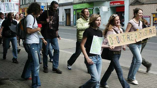 Demonstrace studentů v centru města
