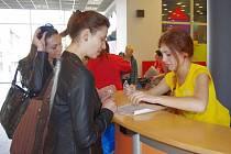 Charitativní sbírka oblečení Kilo za kilo proběhne v obchodním centru Forum v Ústí nad Labem.