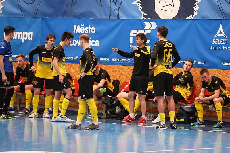 Rapid Ústí n. L. - Helas Brno, 1. FUTSAL liga 2020/2021. Futsalisté Rapidu Ústí nad Labem ilustrační