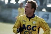 Je sparťanským odchovancem, ale 39 startů ve fotbalové lize nasbíral až v Blšanech a Ústí nad Labem. Nyní se 26letý krajní záložník Zdeněk Volek může dočkat dalších zápasů v nejvyšší soutěži v dresu FK Teplice, kde bude do léta hostovat.