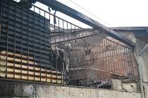 Hořel sklad dřeva v prostorách bývalé ČSAD v Textilní ulici.