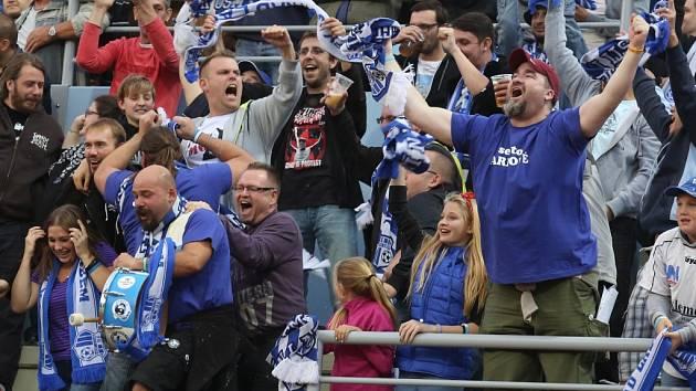 Fotbalisté Ústí dělají letos svým fanouškům radost.