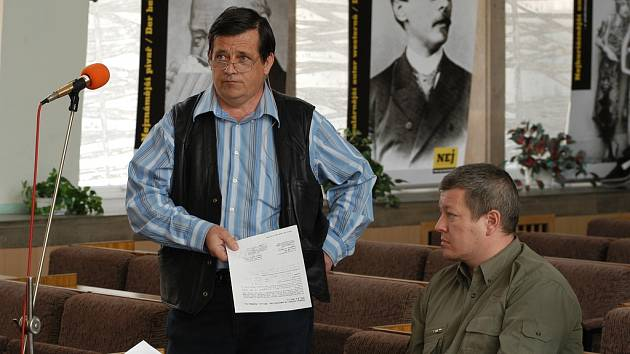 Předseda centra Cespo Petr Novák se brání nařčení, že se nestarají o pronajatý dům v Poláčkově ulici.