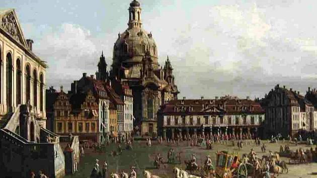 Barokní kostel Frauenkirche v minulosti a dnes.