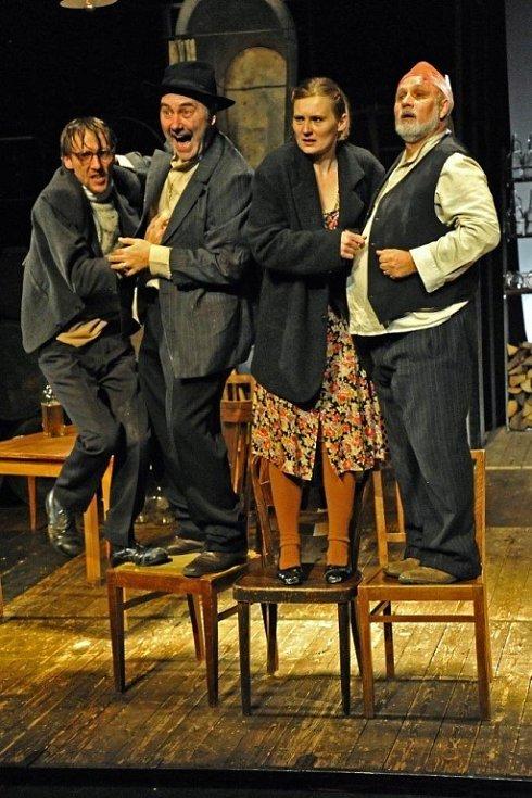 Jan Beneš, Miroslav Večerka, Zita Benešová, Otto Liška.