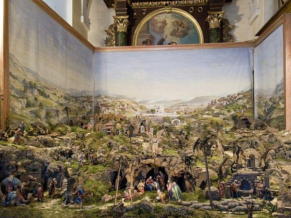 Celkový pohled na klášterní betlém vkostele sv. Vavřince vRumburku. Letos si připomíná devadesát let od prvního vystavení. Teď bude přístupný veřejnosti během otevírací doby Lorety Rumburk od 30.listopadu do 2.února příštího roku.