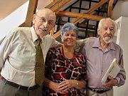 Spisovatel Ladislav Muška slavil 90 let s přáteli
