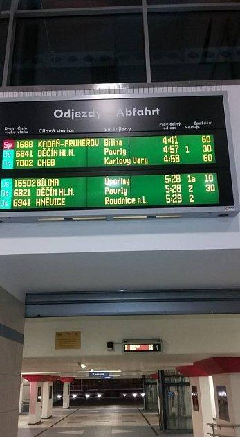 VÚstí nad Labem nabraly vlaky velká zpoždění.