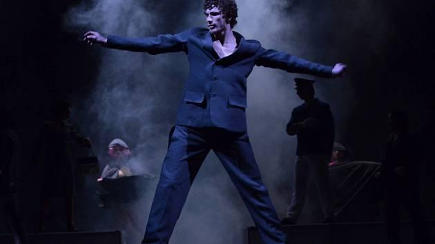 Roberts Skujenieks, člen baletu Severočeského divadla, má užší nominaci na prestižní Cenu Thálie 2012.