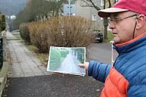 Spor o chodník, který město bez souhlasu majitele pozemku Karla Stoupy postavilo na jeho pozemku, se táhne už osm let.