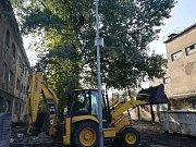 Na dění ve Sklářské ulici v Předlicích dohlíží nová bezpečnostní kamera.