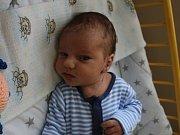 Adam Řezníček se narodil Miluši Řezníčkové z Křešic 17. srpna v 13.33 hod. v roudnické porodnici. Měřil 53 cm a vážil 3,4 kg.