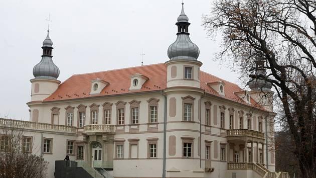 Nové sídlo NPÚ na opraveném zámku v ústecké čtvrti Krásné Březno.