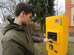 Nové automaty MHD berou platební karty.