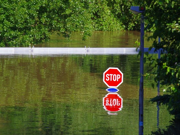 Voda na Střekově, středa ráno.