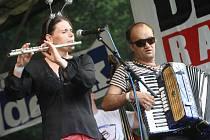 Takto bavil Dýchánek Útulek Fest 2011, užije s i ho i Kořen.