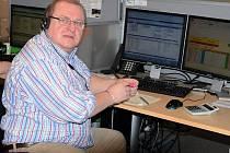 Jan Dlouhý ztratil práci ve 47 letech. Call centrum bral jako poslední možnost, ale našel tam práci, která ho naplňuje.