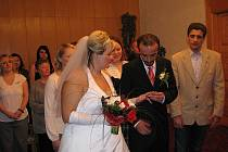 První svatba v roce 2010.