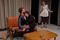 Potěší i šokuje, ale jak koho, Bára Hrzánová v nové komedii Každý den, šťastný den.
