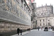 Knížecí průvod patří mezi jednu z mnoha originálních rarit, kterou najdete jen v Drážďanech.
