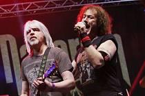 V pátek večer proběhl na zimním stadionu v Ústí nad Labem koncert skupiny Nazareth. Jako předkapela zahrála skupina Turbo.