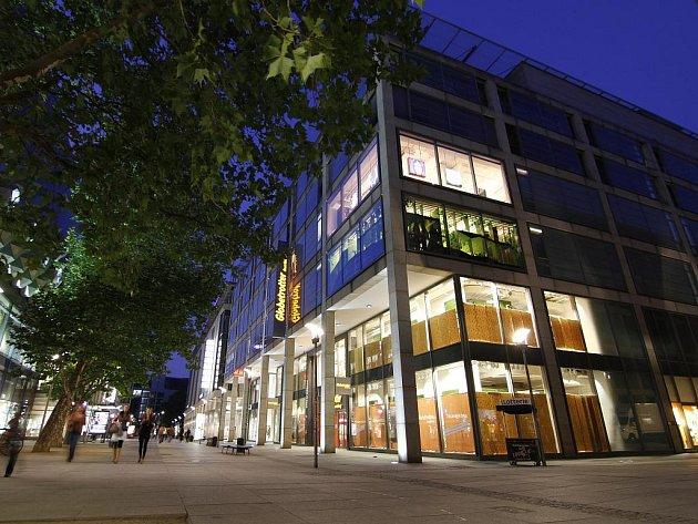Drážďanské outdoorové obchodní centrum Globetrotter patří ke špičkám v Evropě.