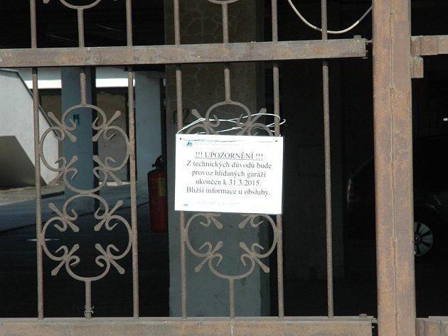 Městské služby zruší hlídané parkoviště v Corsu.