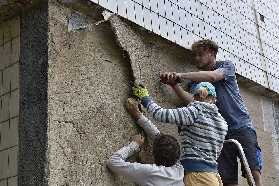 Vlastník chtěl na jejím místě stavět. Muzeum Ústí nad Labem ji rozebralo a prozatím ji má ve své péči.
