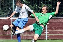 Fotbalisté Chuderova (v bílých dresech) chtějí postoupit do 1.A třídy.