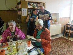 Po téměř třiceti letech se lidé v Roudníkách opět dočkali knihovny.