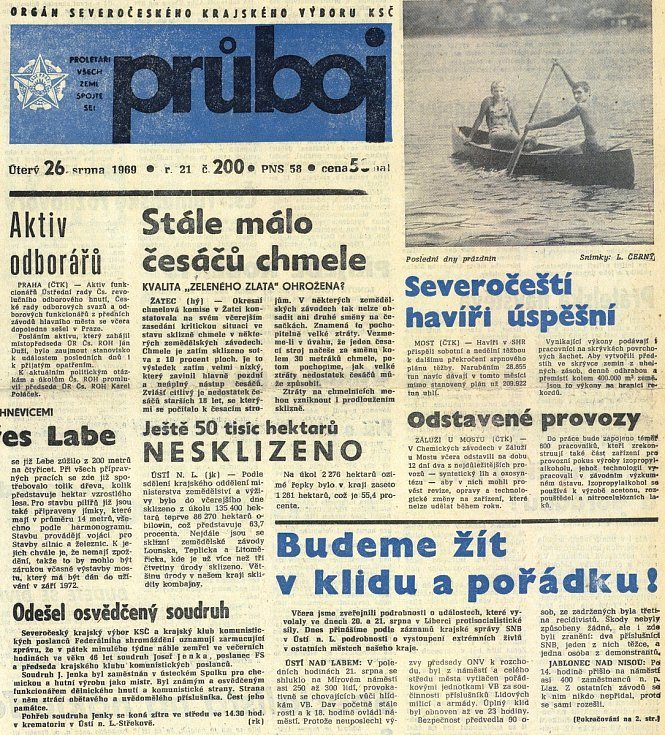 Noviny z doby normalizace.