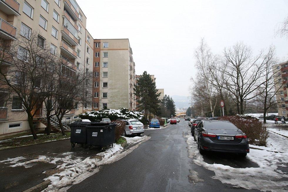 Dům v Krásném Březně, kde měla násilně přijít o život 61letá žena