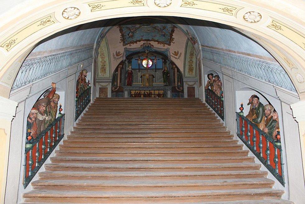 Stav svatých schodů po rekonstrukci.