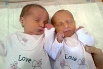 Verunka a Zuzanka Stránské, se narodily v ústecké porodnici dne 20. 12. 2013 (20.28 a 20.29 mamince Jitce Stránské. Verunka měřila 48 cm, vážila 2,25 kg, Zuzanka měřila 48 cm, vážila 2,89 kg.