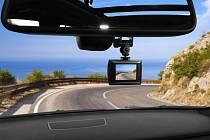 Kamery zaznamenávají nejen nedbalé chodce a nepřiměřenou jízdu ostatních řidičů, ale i příjemné vzpomínky.