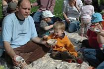 Fér snídaně v Městských sadech byla hlavně z místních produktů.