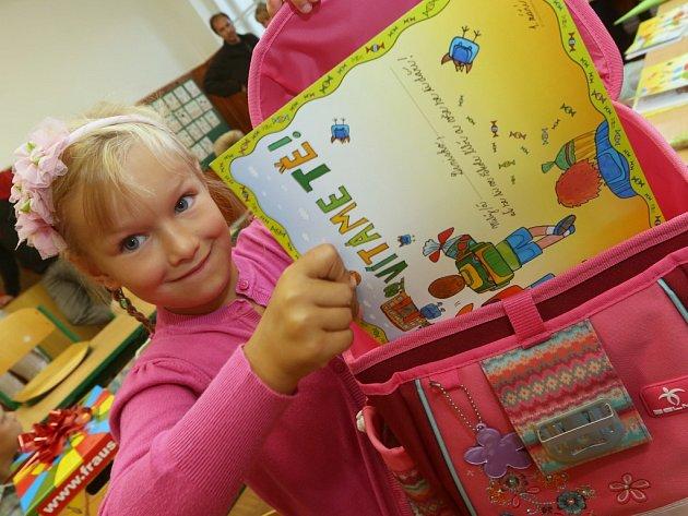 Do školních lavic v Ústí zasedlo 1139 prvňáčků.