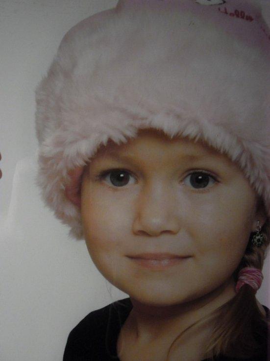 19. ŠTĚPÁNKA MERTINOVÁ, 5 let, Chomutov.