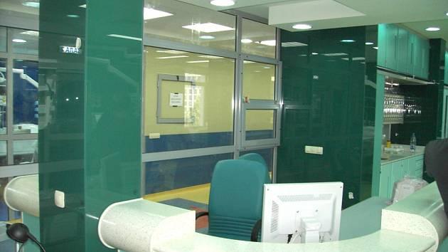Antibakteriální sklo