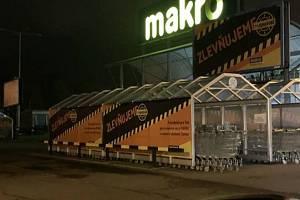 Ústecké Makro spustilo kampaň, vkteré se porovnává svietnamským obchodem Tamda Foods