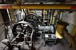 Bouraný provoz firmy Schicht skrývá 110 let staré stroje