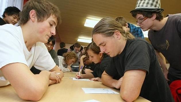 Střední škola technická pořádala turnaj v  piškvorkách.