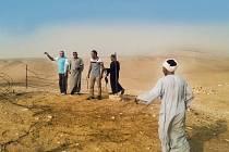 Mezi členy expedice Českého egyptologického ústavu jsou vedle ústeckého pedagoga také místní Egypťané, kteří Abúsír, nekropoli staroegyptských panovníků, dobře znají.