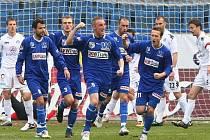 Po více než půl roce se ústečtí fotbalisté dočkali vítězství v první lize. Po kvalitním výkonu porazili dnes svého oblíbeného soupeře 1. FC Slovácko 2:0.