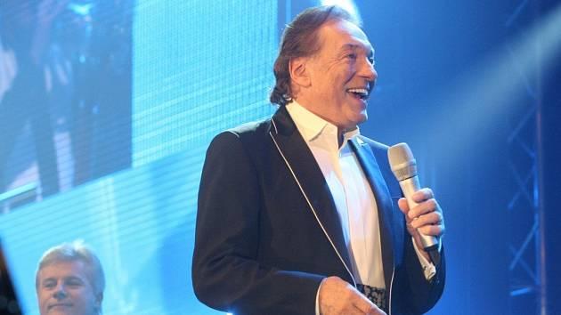 Koncert Karla Gotta ve Zlatopramen Areně v Ústí.